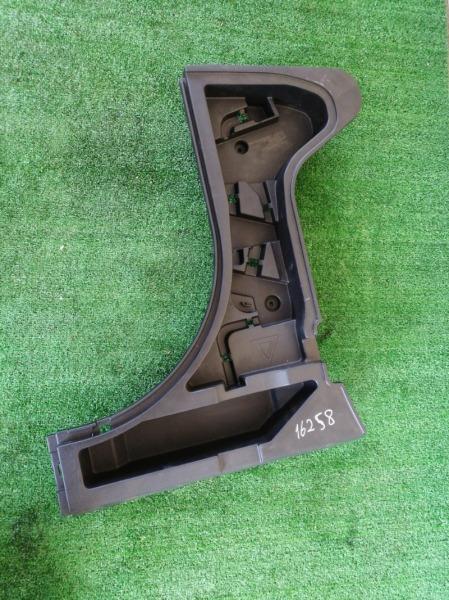 Пластик багажника Toyota Auris ADE150 левый