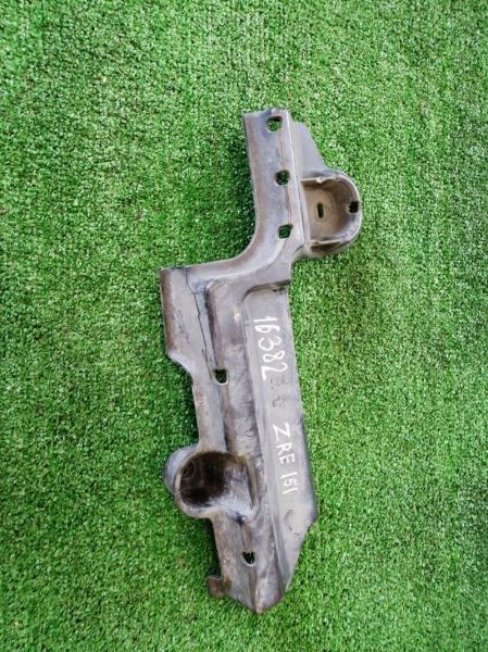 Пыльник Toyota Auris ZRE151