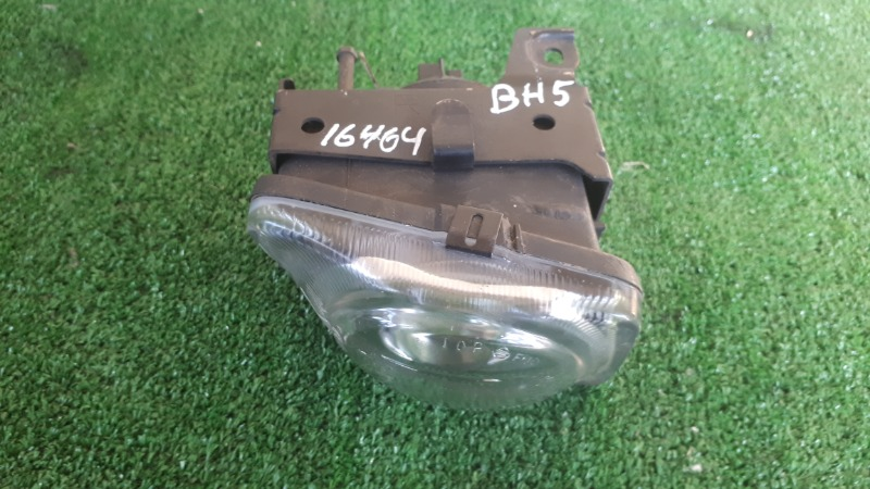 Противотуманная фара Subaru Legacy BH5 правая