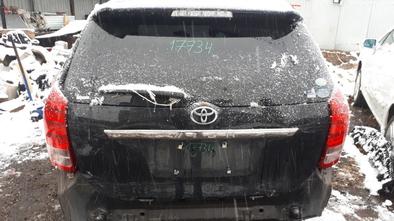 Дверь 5-я Toyota Wish ANE10 1ZZ-FE 2006 задняя