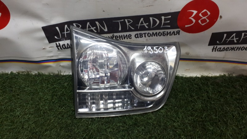 Вставка багажника Toyota Harrier ACU30 левая