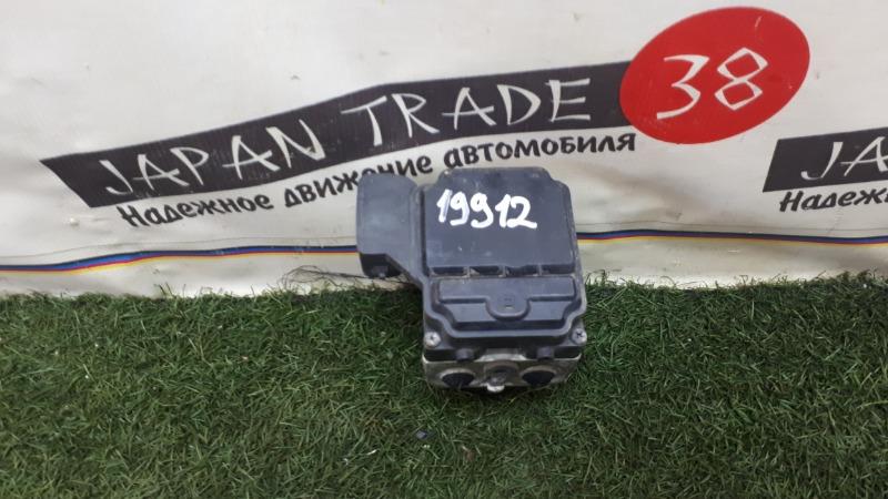 Блок abs Toyota Mark Ii JZX110 1JZ-FSE