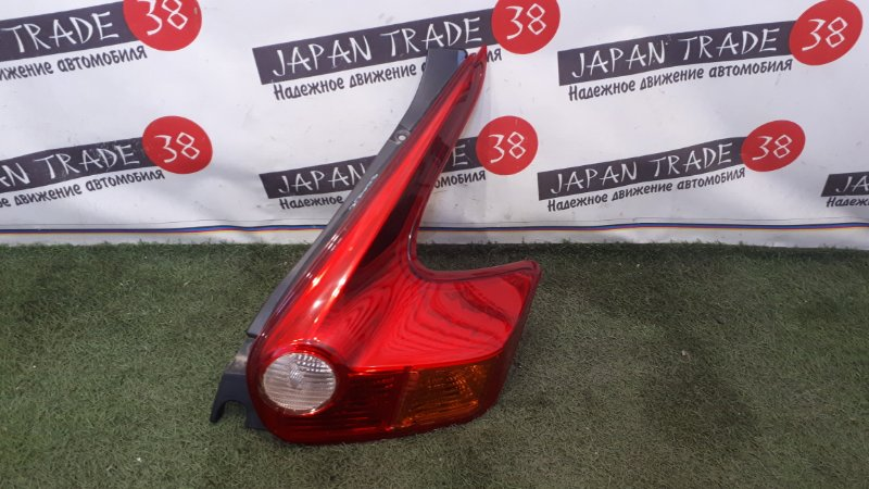 Стоп-сигнал Nissan Juke F15 правый
