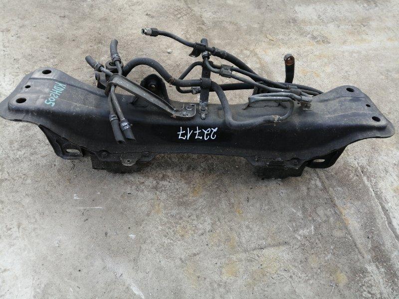 Балка Toyota Regius Ace KDH205 передняя
