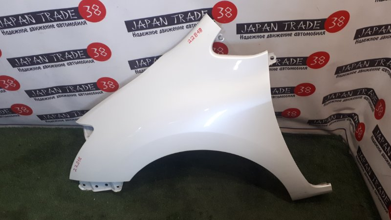 Крыло Toyota Blade AZE154 переднее левое