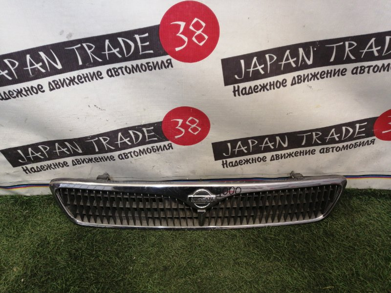 Решетка радиатора Nissan Primera HNP11