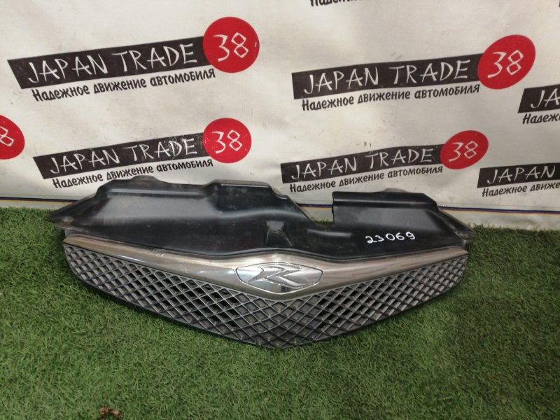 Решетка радиатора Toyota Ractis NCP100 1NZ-FE