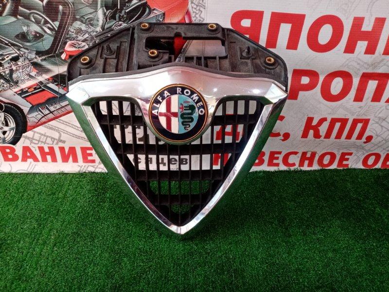 Решетка радиатора Alfa Romeo 156