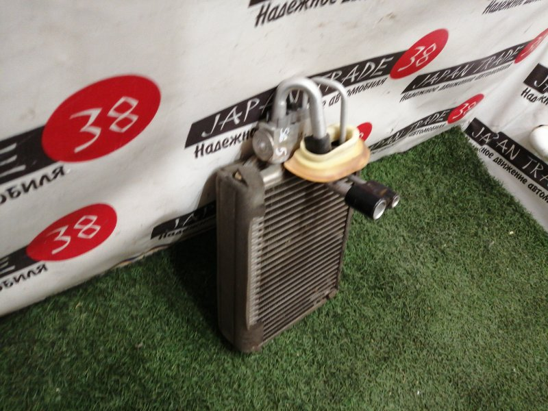Радиатор кондиционера Subaru Forester SG5