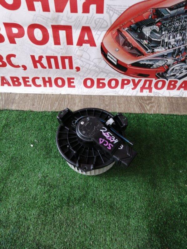 Мотор печки Toyota Ractis SCP100
