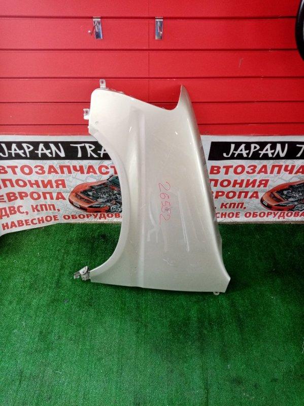 Крыло Honda Stepwgn RF1 B20B переднее левое