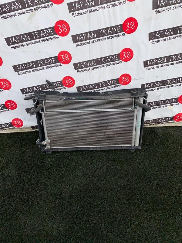 Радиатор охлаждения двигателя Toyota Prius ZVW30 2ZR-FXE