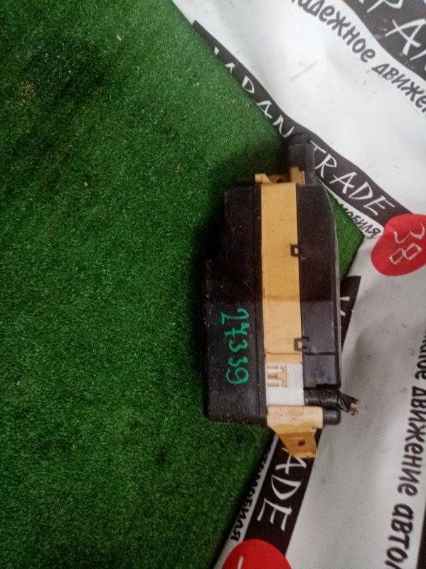 Блок предохранителей Toyota Raum EXZ10 4E-FE