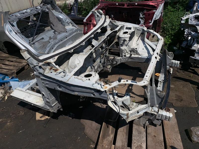 Передняя часть а/м Honda Cr-V RD7 передняя
