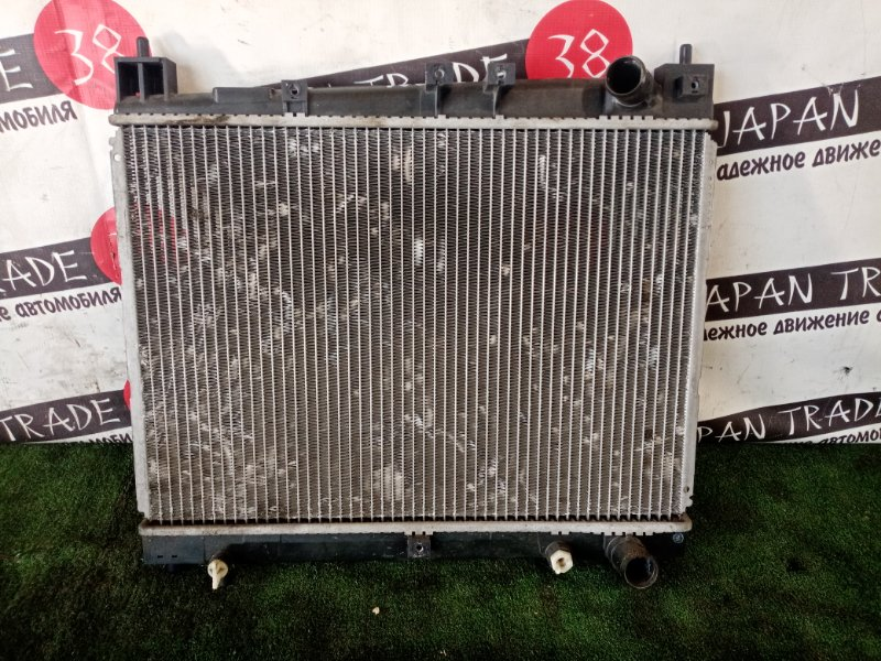 Радиатор охлаждения двигателя Toyota Platz NCP10. NCP11 1NZ-FE