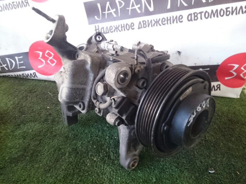 Компрессор кондиционера Toyota Mark 2 JZX90 1JZ-GE