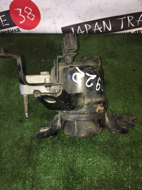 Подушка двигателя Toyota Blade AZE154