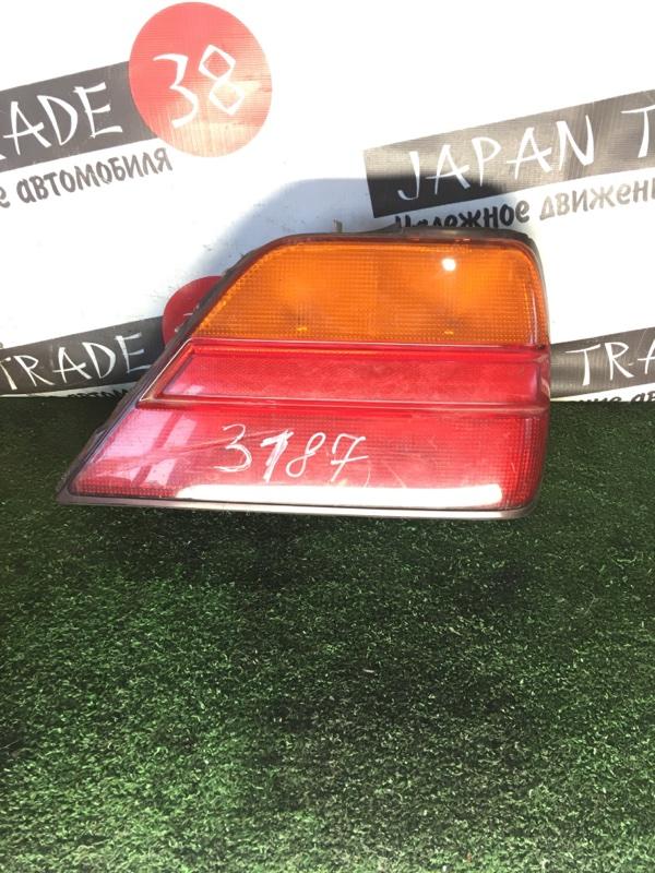 Стоп-сигнал Nissan Gloria PY32 задний правый