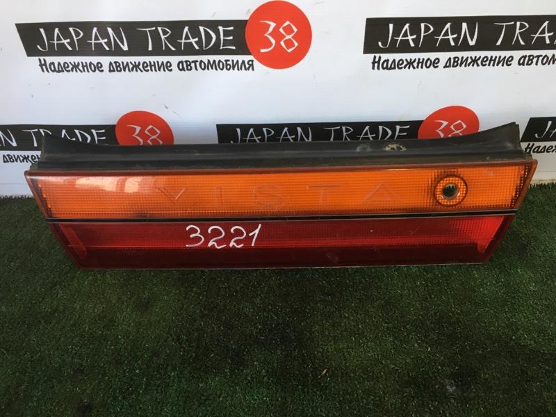Вставка багажника Toyota Vista SV32 задняя