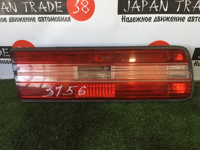 Вставка багажника Toyota Mark Ii JZX100 задняя левая