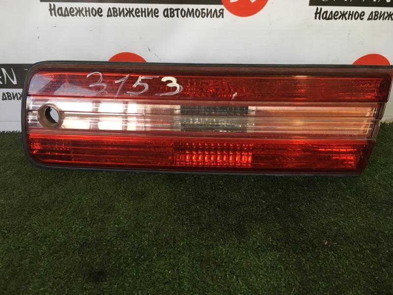 Вставка багажника Toyota Mark Ii JZX100 задняя правая