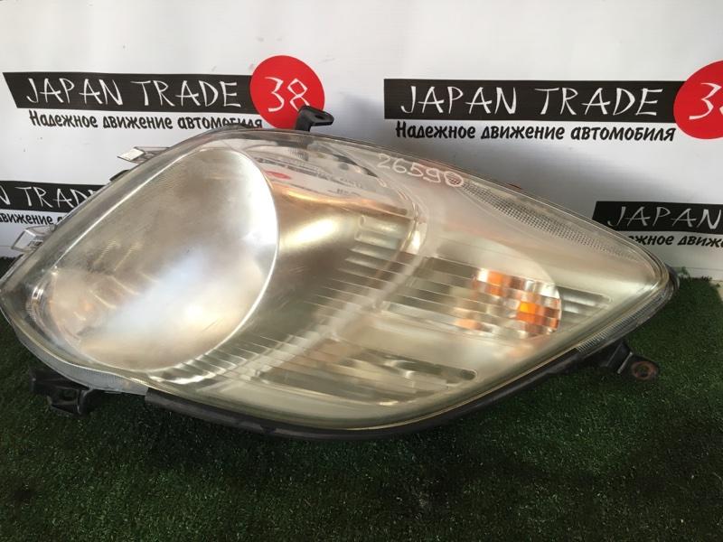 Фара Toyota Vitz SCP90 2SZ-FE правая