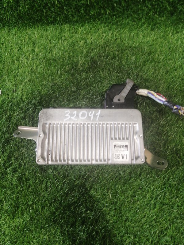 Блок efi Toyota Spade NCP141 1NZ-FE