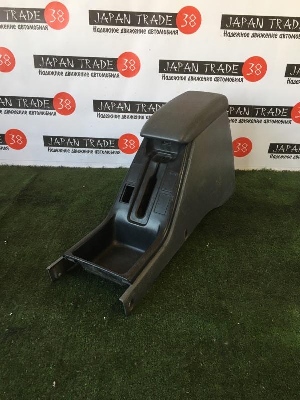 Консоль между сидений Toyota Hilux Surf KDN185