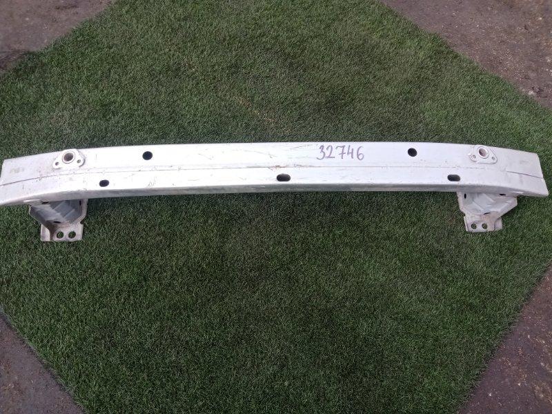 Усилитель бампера Toyota Auris GRE156 1NZ-FE