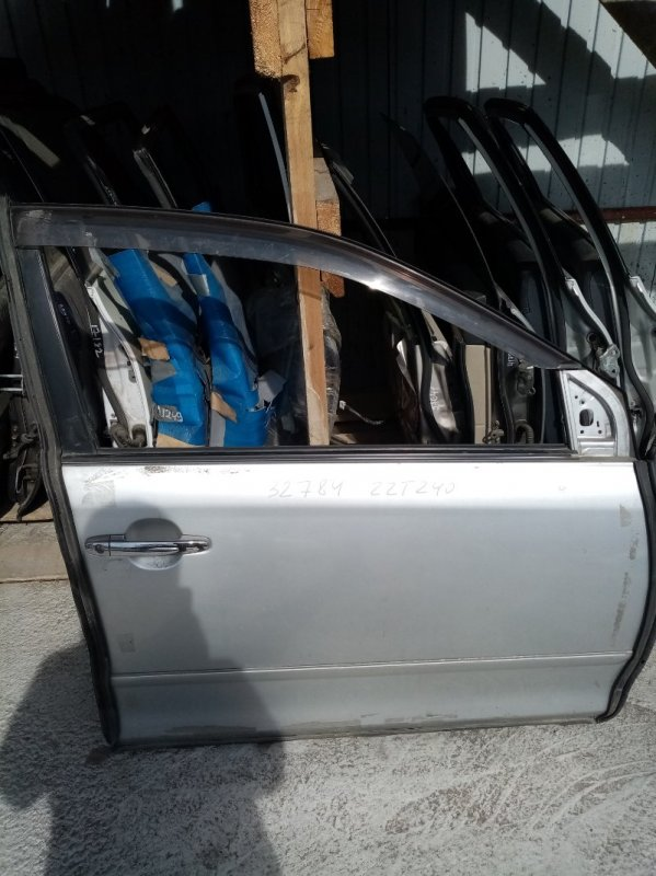 Дверь Toyota Premio ZZT240 передняя правая
