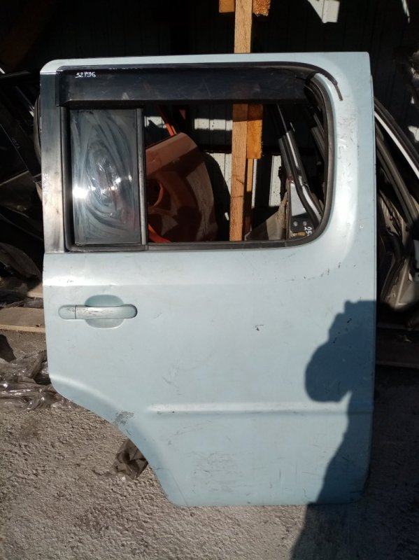 Дверь Nissan Cube BNZ11 задняя правая