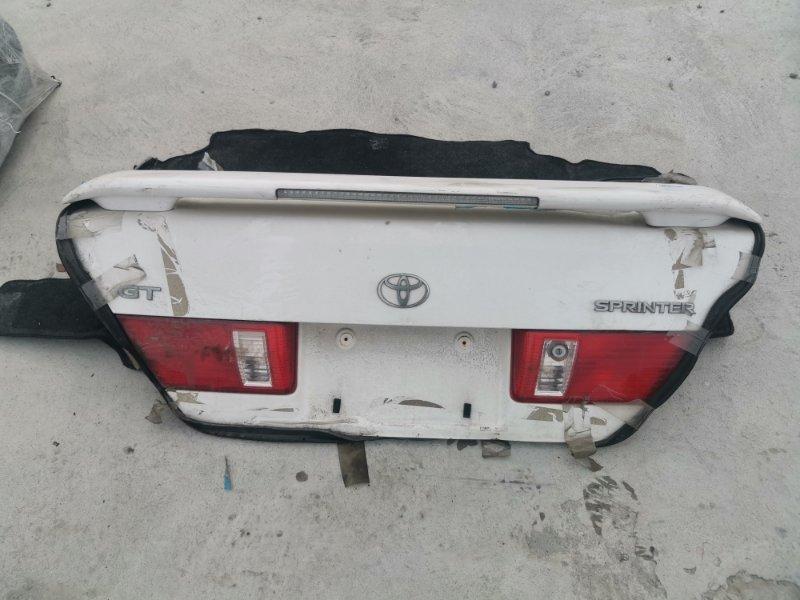 Крышка багажника Toyota Corolla Sprinter AE111 5A-FE. 4A-FE