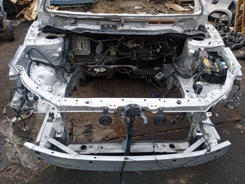 Передняя часть а/м Toyota Corolla Axio CE140 передняя