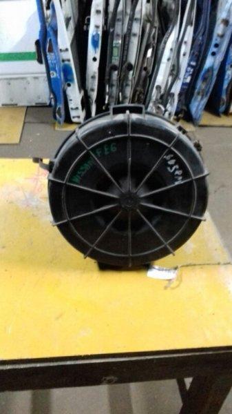 Крышка корпуса воздушного фильтра Nissan Diesel MK210-250 FE6 94