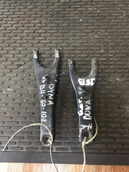 Вилка сцепления Toyota Dyna BU60-222 3B/14B/15B 89