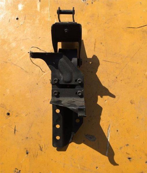 Подушка кабины Isuzu Elf NKR81 4HL1 01 задняя правая
