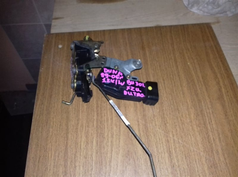 Замок дверной Toyota Dyna/dutro BU301/XZU307-341 4B/S05C/S05D 99 левый