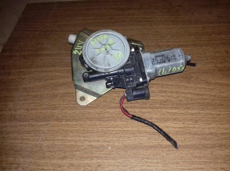 Моторчик стеклоподъемника Mmc Fuso FK618-668/FK71/FK64FN 6D16/6D17/6M61/6M60T 94 левый