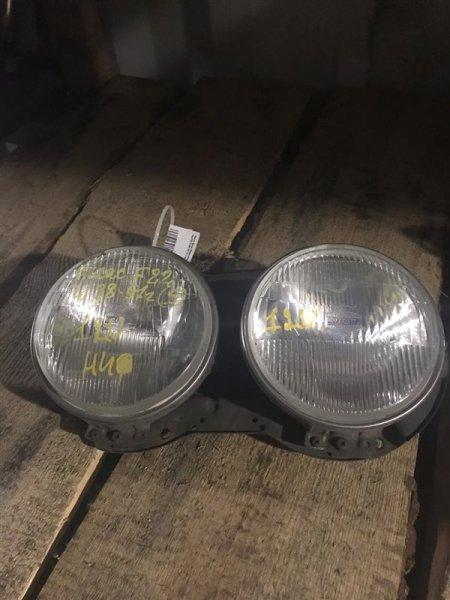 Лампа фара Nissan Atlas F22 TD23/TD25/TD27 89 левая