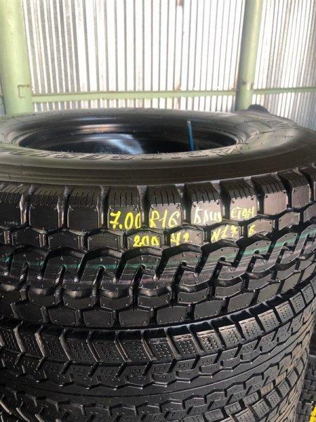Авторезина грузовая Bridgestone M810 2004