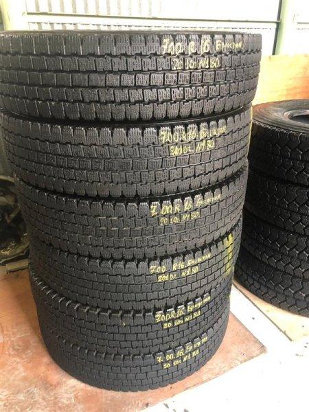 Авторезина грузовая Bridgestone W969 2010