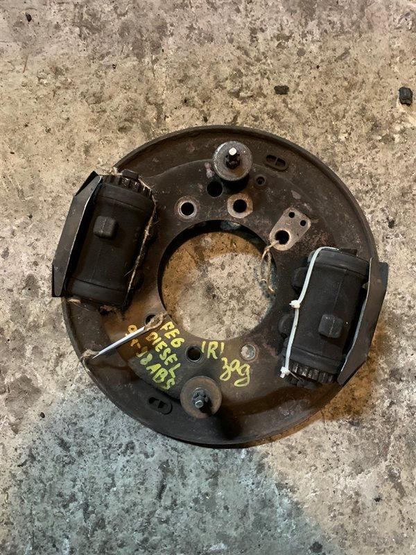 Рабочий тормозной цилиндр Nissan Diesel MK210-260 FE6 94 задний правый