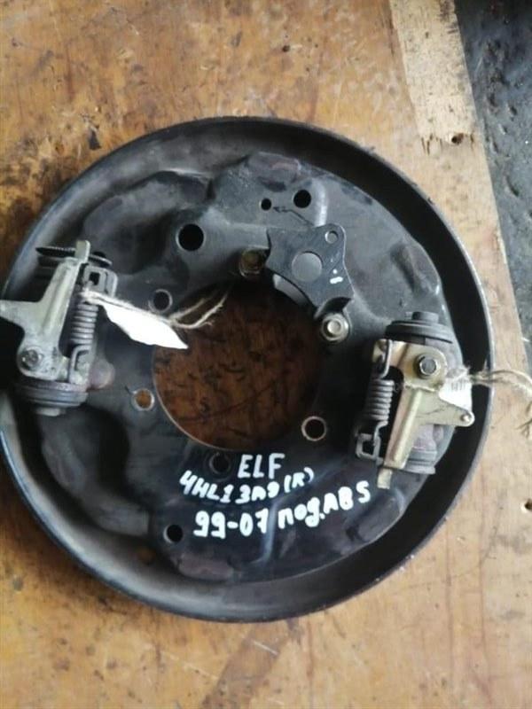 Рабочий тормозной цилиндр Isuzu Elf NKR81 4HL1 99 задний правый