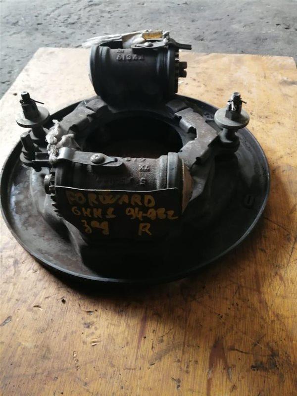 Рабочий тормозной цилиндр Isuzu Forward FRR32-33 6HE1/6HH1 94 задний правый
