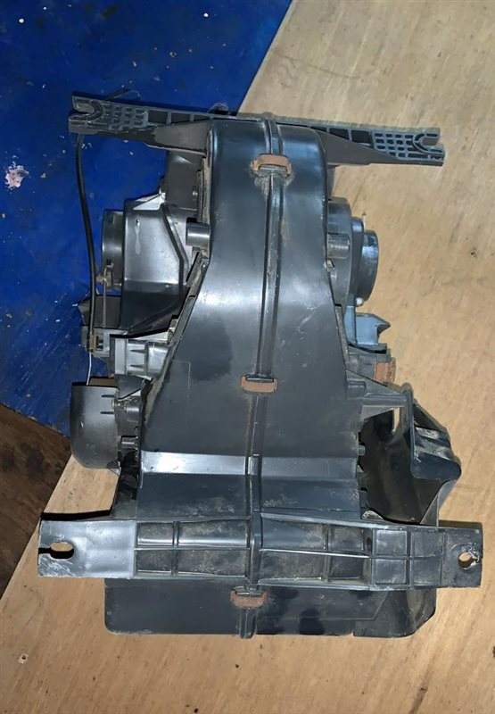 Корпус радиатора печки Mmc Canter FE301-339 4D30/4D32 87