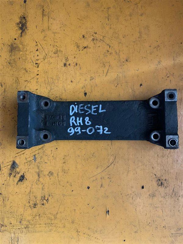 Кронштейн тнвд Nissan Diesel RH8 99