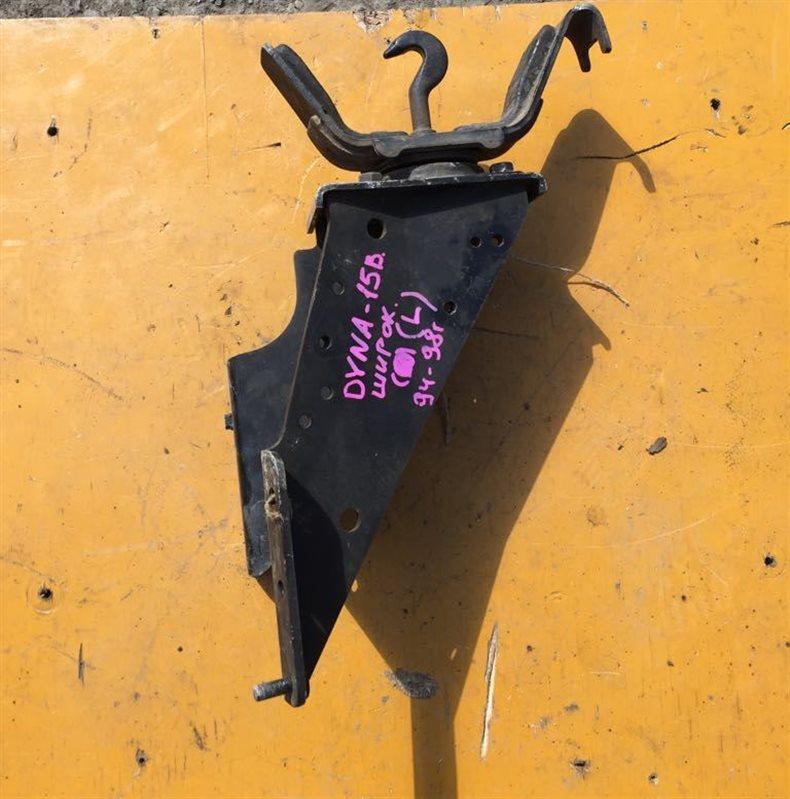 Подушка кабины Toyota Dyna BU100-222 3B/15B 94 задняя левая