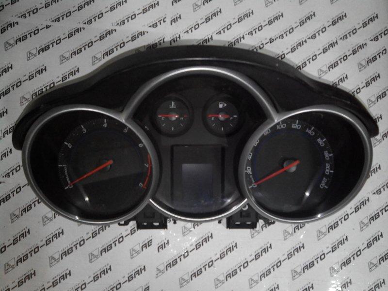 Панель приборов Chevrolet Cruze J300 F16D3 2011