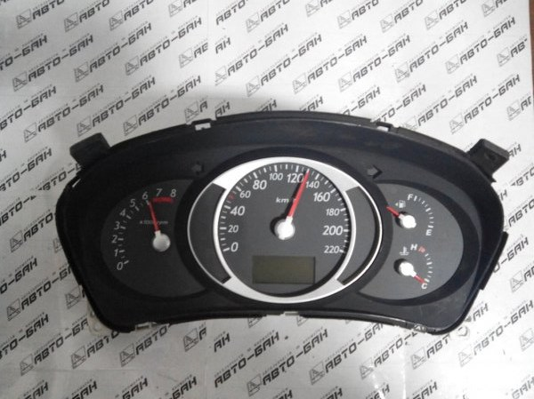 Панель приборов Hyundai Tucson JM G4GC 2006