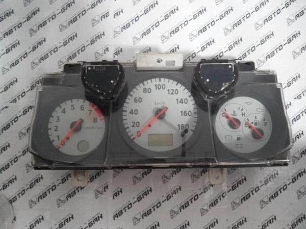 Панель приборов Nissan Ad VFY11 QG15 2000